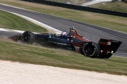 Zach Veach, Andretti Autosport Honda, testacoda