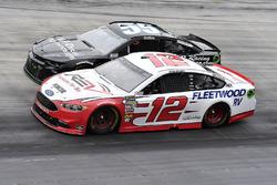 Ryan Blaney, Team Penske, Ford Fusion REV e Reed Sorenson, Premium Motorsports, Chevrolet Camaro