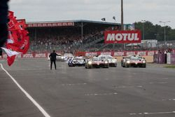 #8 Toyota Gazoo Racing Toyota TS050: Sébastien Buemi, Kazuki Nakajima, Fernando Alonso wint