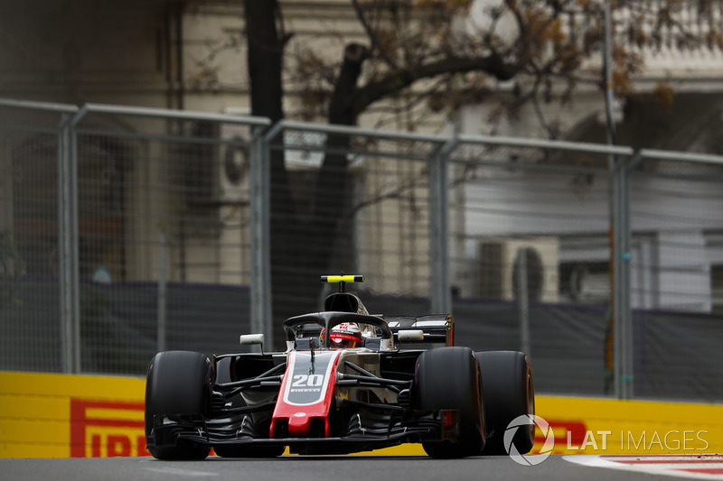 15. Kevin Magnussen, Haas F1 Team VF-18 Ferrari