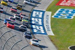 Spencer Gallagher, GMS Racing, Chevrolet Camaro Allegiant lidera la vuelta final