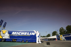 Camion Michelin nel paddock
