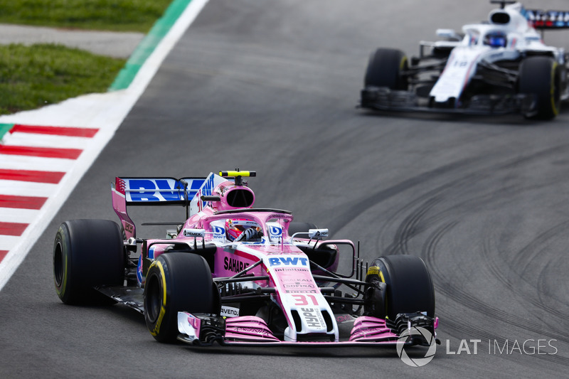Esteban Ocon, Force India VJM11, Lance Stroll, Williams FW41