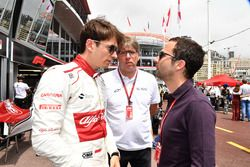 Charles Leclerc, Sauber y Nicolas Todt, manager