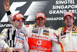 Podyum: Lewis Hamilton, McLaren, 2. Timo Glock, Toyota, 3. Fernando Alonso, Renault