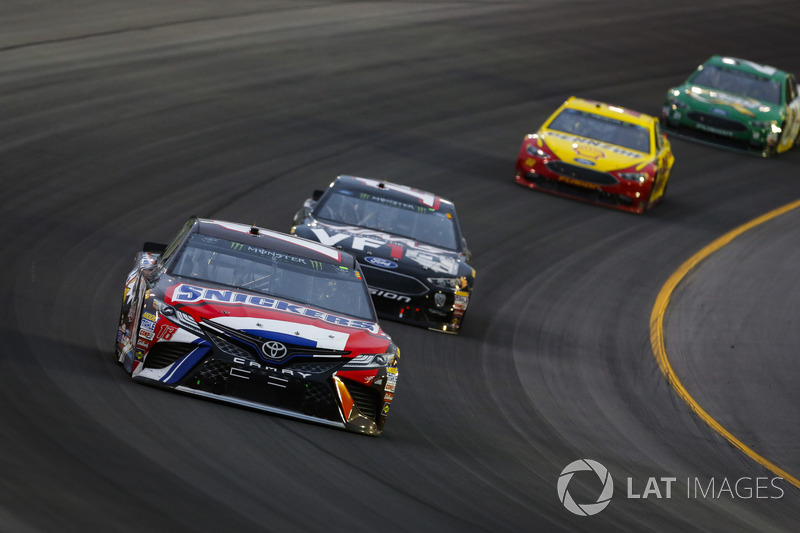 Kyle Busch, Joe Gibbs Racing, Toyota Camry Snickers Intense, Clint Bowyer, Stewart-Haas Racing, Chevrolet Camaro Haas 30 Years of the VF1, Joey Logano, Team Penske, Ford Fusion Shell Pennzoil, and Paul Menard, Wood Brothers Racing, Ford Fusion Menards / Quaker State