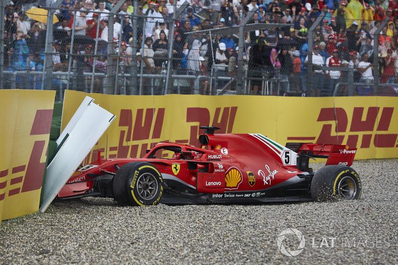 Sebastian Vettel, Ferrari SF71H, rozbite auto