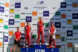 Podium: Race winner Ralf Aron, PREMA Theodore Racing Dallara F317 - Mercedes-Benz, second place Marcus Armstrong, PREMA Theodore Racing Dallara F317 - Mercedes-Benz, third place Guanyu Zhou, PREMA Theodore Racing Dallara F317 - Mercedes-Benz