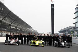 The front row of Will Power, Team Penske Chevrolet, Simon Pagenaud, Team Penske Chevrolet and Ed Carpenter, Ed Carpenter Racing Chevrolet