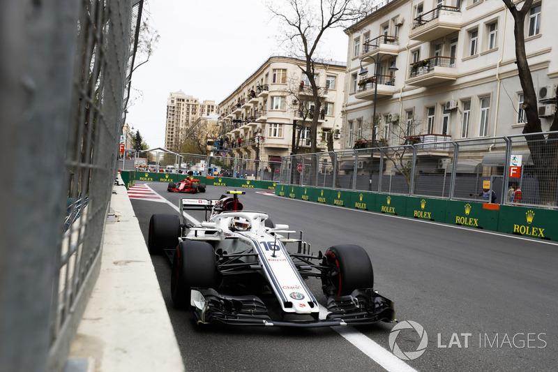 Charles Leclerc, Sauber C37 Ferrari, Kimi Raikkonen, Ferrari SF71H