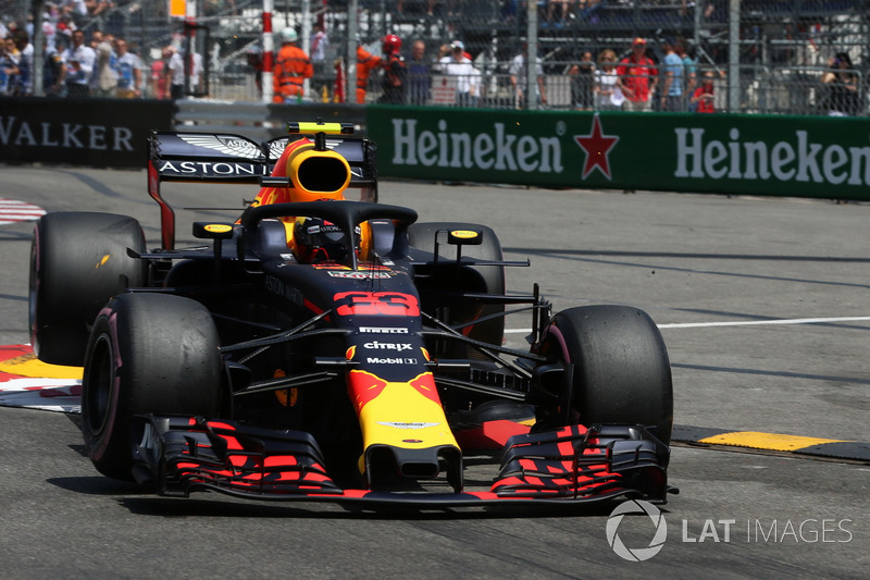 Insiden kecelakaan Max Verstappen, Red Bull Racing RB14