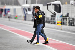 Carlos Sainz Jr., Renault Sport F1 Team with his Father Carlos Sainz