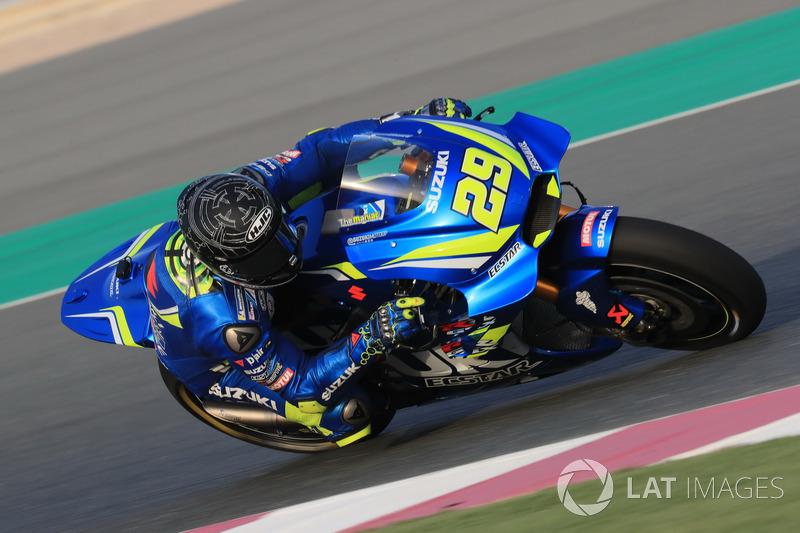 "<img src=""http://cdn-1.motorsport.com/static/custom/car-thumbs/MOTOGP_2018/NUMBERS/iannone.png"" width=""50"" />Andrea Iannone (Team Suzuki MotoGP)"