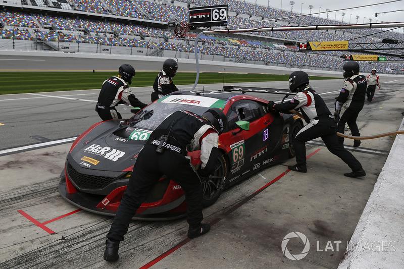 Pitstop, #69 HART Acura NSX GT3, GTD: Chad Gilsinger, Ryan Eversley, Sean Rayhall, John Falb