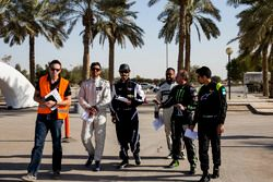 The competitors are given a track briefing by Terry Grant before ROC Factor Saudi Arabia