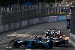 Antonio Felix Da Costa, Andretti Formula E, leads Alex Lynn, DS Virgin Racing
