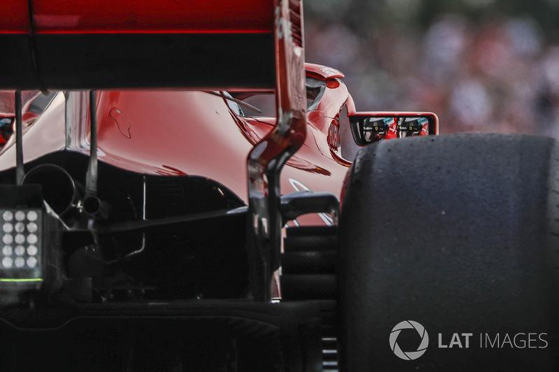 Kimi Raikkonen, Ferrari SF71H espejo