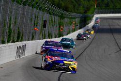 Kyle Busch, Joe Gibbs Racing, Toyota Camry M&M's Caramel, Denny Hamlin, Joe Gibbs Racing, Toyota Camry FedEx Express