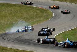 Takuma Sato, Rahal Letterman Lanigan Racing Honda fait un tête à queue au départ