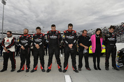 Ben Rhodes, ThorSport Racing Toyota and crew