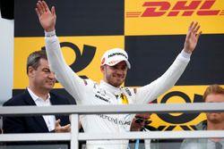 Podio: il secondo classificato Edoardo Mortara, Mercedes-AMG Team HWA