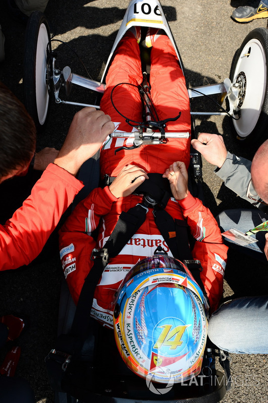 Fernando Alonso, Ferrari tijdens een Shell eco-evenement
