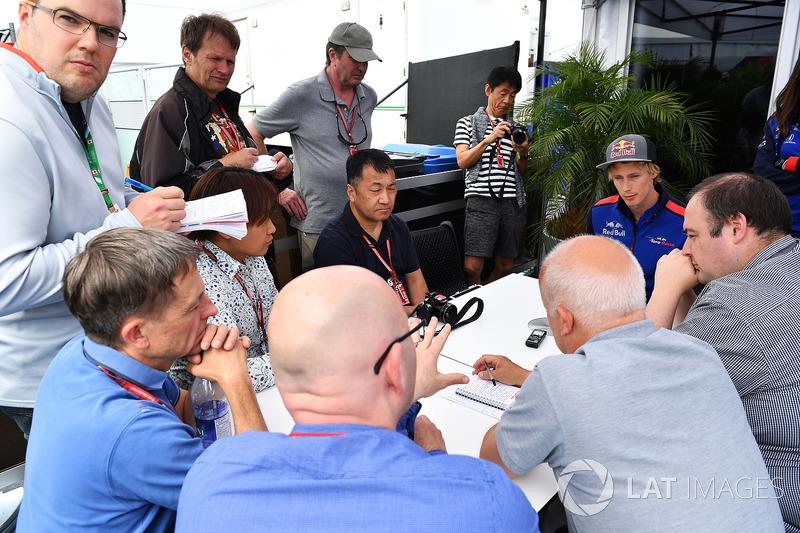 Brendon Hartley, Scuderia Toro Rosso talks with the media