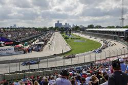 Alexander Rossi, Andretti Autosport Honda, Robert Wickens, Schmidt Peterson Motorsports Honda au départ