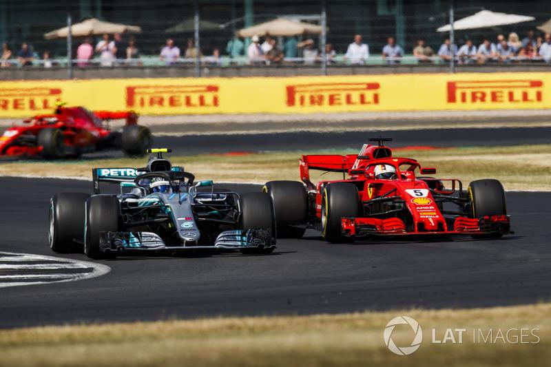 Ferrari nadat Vettel Bottas passeert.