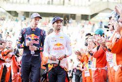 Brendon Hartley, Scuderia Toro Rosso, Daniel Ricciardo, Red Bull Racing, in the drivers parade