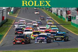David Reynolds, Erebus Motorsport Holden, leads Jamie Whincup, Triple Eight Race Engineering Holden,