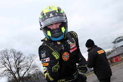 Ganador de la carrera Linus Lundqvist, Doble R
