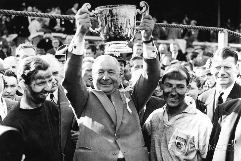 Tony Brooks, Tony Vandervell, Stirling Moss after winning for Vanwall