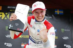 Il vincitore RX2 Dan Rooke