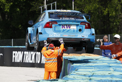 De wagen van Nestor Girolami, Polestar Cyan Racing, Volvo S60 Polestar TC1
