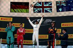 Podium: race winner Lewis Hamilton, Mercedes AMG F1, second place Sebastian Vettel, Ferrari, third place Daniel Ricciardo, Red Bull Racing