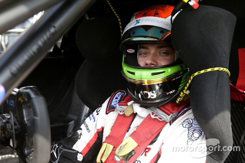 #28 GP Extreme Renault RS01 FGT3: Louis Deletraz