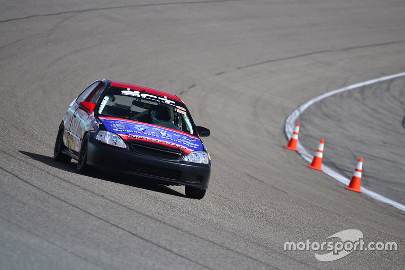 #122 MP4C Honda Civic driven by Angel Acosta of Acosta Motorsports