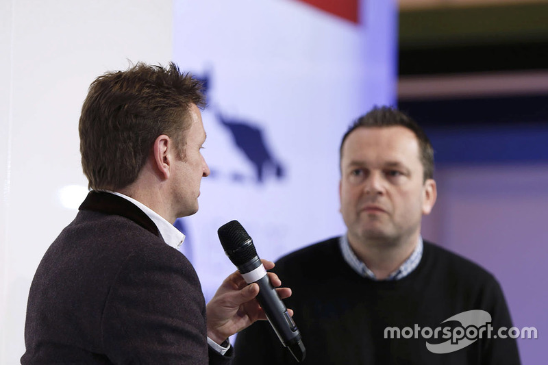 Allan McNish y Henry Hope-Frost