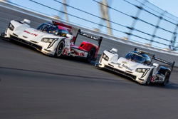 #31 Action Express Racing Cadillac DPi: Eric Curran, Dane Cameron, Mike Conway, Seb Morris, #5 Actio