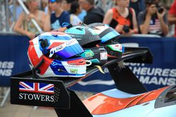 #86 Gulf Racing Porsche 911 RSR: Michael Wainwright, Ben Barker, Nick Foster helmets
