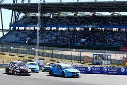 Départ, Rob Huff, All-Inkl Motorsport, Citroën C-Elysée WTCC, Nicky Catsburg, Polestar Cyan Racing, Volvo S60 Polestar TC1