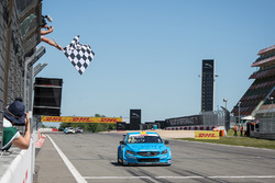 Nicky Catsburg, Polestar Cyan Racing, Volvo S60 Polestar takes the win