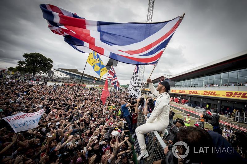 Silverstone - Lewis Hamilton - 6 triunfos