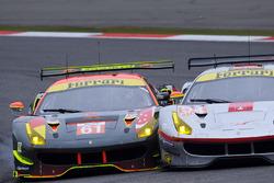 #61 Clearwater Racing Ferrari 488 GTE, #54 Spirit of Race Ferrari 488 GTE
