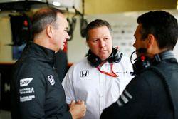 Jonathan Neale, directeur général de McLaren, Zak Brown, directeur exécutif du McLaren Technology Group