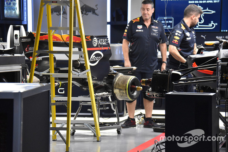 Red Bull RB13 in garage