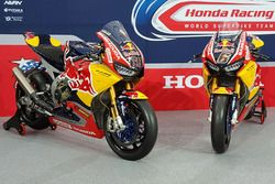 Bikes von Nicky Hayden, Honda World Superbike Team, und Stefan Bradl, Honda World Superbike Team