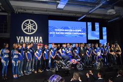 La photo de famille Yamaha Racing