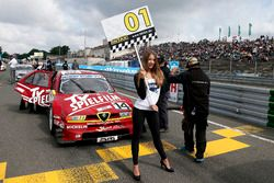 Gridgirl voor Stephan Rupp, Alfa Romeo 155 TI V6 ITC